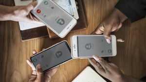 Как правильно выбрать запчасти для мобильного телефона