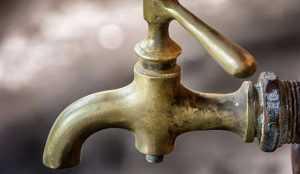 В Фокинском районе Брянска на неделю понизили напор воды