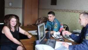 В Карачевском районе спасли заблудившуюся в лесу девушку