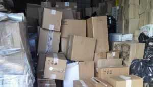 В Унече у торговцев изъяли 74000 поддельных пачек сигарет