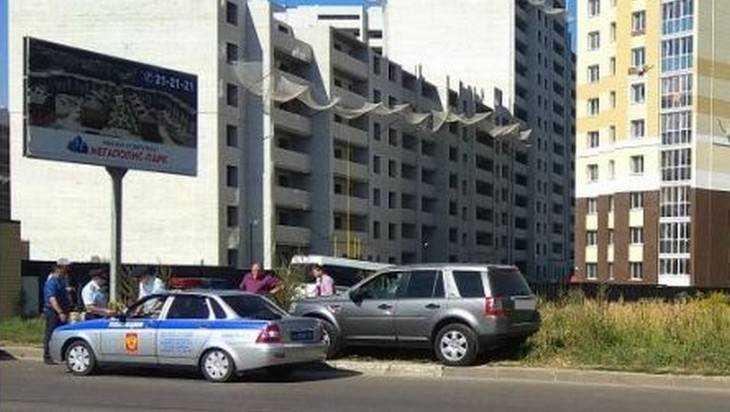 В Брянске внедорожник протаранил маршрутку №28 – три человека ранены