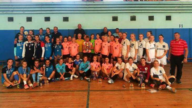 В Сельцо Брянской области провели международный турнир по гандболу