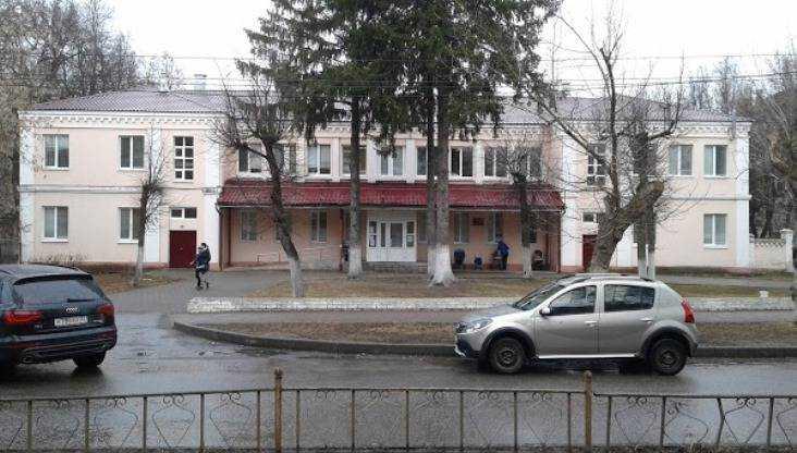 Брянцев встревожило возможное закрытие детской поликлиники № 1