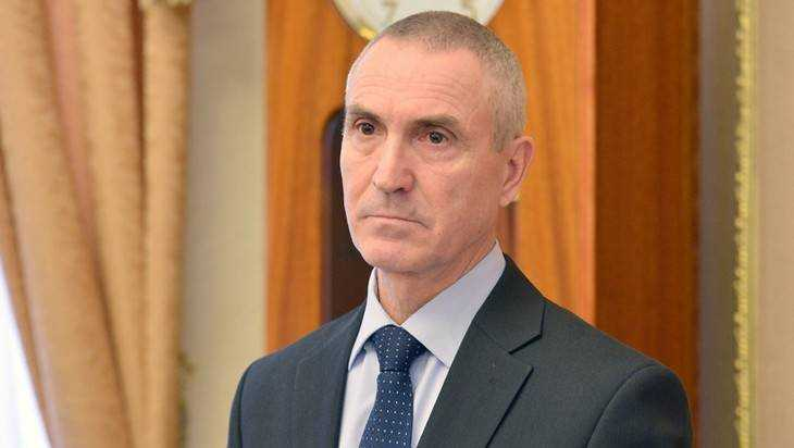 Брянскую жилищную инспекцию возглавил посылающий всех в суд чиновник