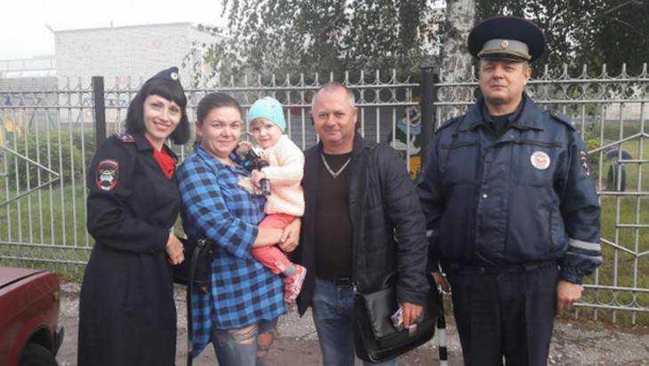 В Новозыбкове родителей отправили в цирк за правильную перевозку детей