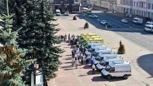 В Брянской области больницы получили 9 машин скорой помощи