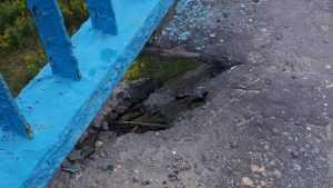 Брянцы сфотографировали разрушающийся Черметовский мост