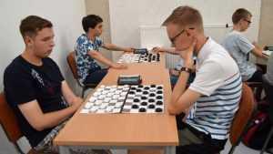 Спортсмен из Брянска завоевал «серебро» Европы по стоклеточным шашкам
