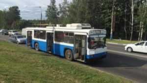В Брянске взорвалось колесо троллейбуса № 12 – ранена пассажирка