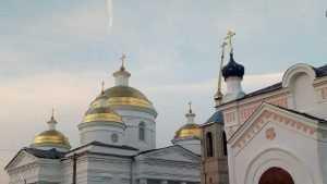 В Мглине ураган повредил крышу Успенского собора
