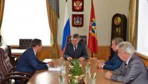 Брянский губернатор и замглавы антимонопольной службы обсудили конкуренцию
