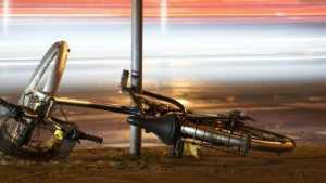 В Глинищеве юный мопедист сбил 15-летнюю велосипедистку
