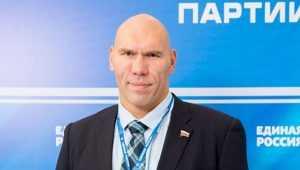 Николай Валуев поддержал брянских воркаут-спортсменов