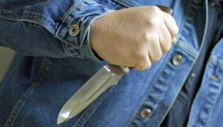 В Клетне 56-летнего пьяницу осудили за угрозу ножом бывшей жене