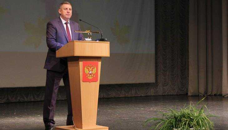 Губернатор Богомаз принял участие в конференции педагогов Брянского района