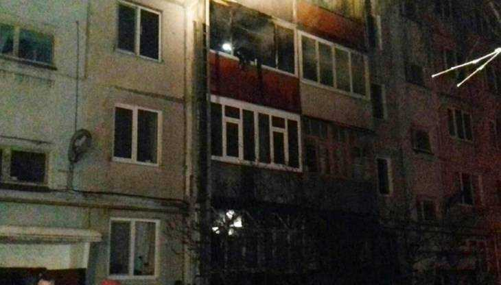 В Фокинском районе Брянска из горевшего дома эвакуировали 25 человек