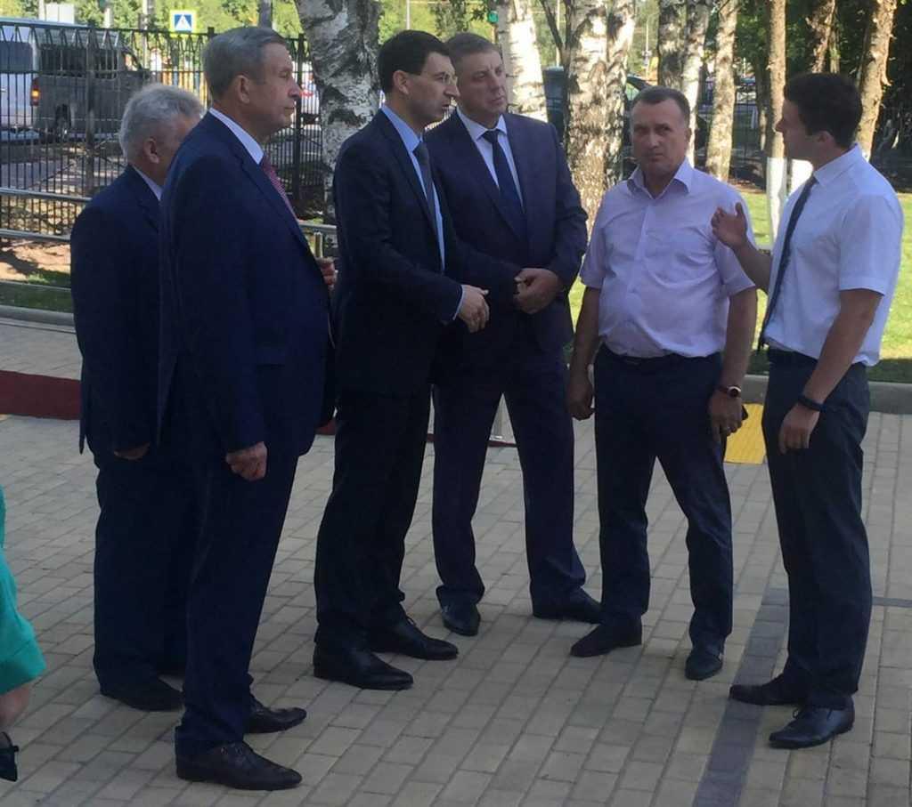 Игорь Щеголев посетил в Брянске новую пристройку к 59-й школе