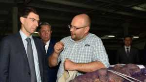 Полпреду Щёголеву рассказали о мировом триумфе брянского картофеля