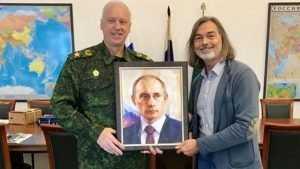 В Брянске на выставке покажут картины художника Никаса Сафронова