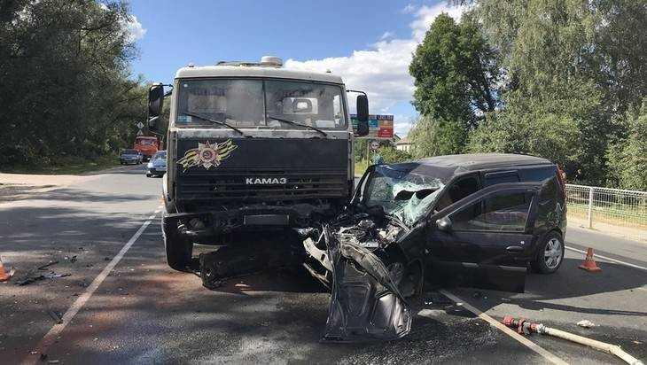 В больнице Брянска скончалась пострадавшая в ДТП 11-месячная девочка