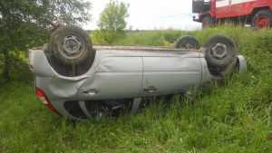 Под Жуковкой опрокинулся и погиб 61-летний водитель легковушки