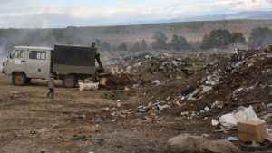 В Севске мусорная свалка вышла из своих границ