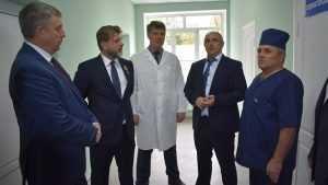 Губернатор Богомаз пообещал в Суражской больнице 10 квартир для врачей