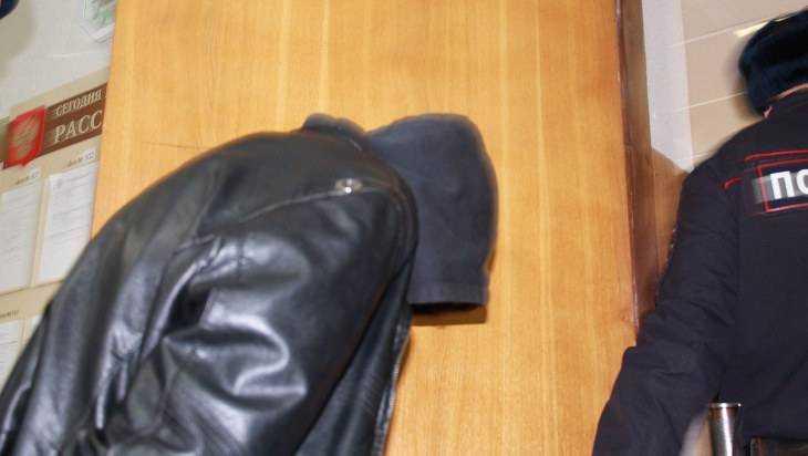 Жителя Супонева осудили за избиение брянского участкового