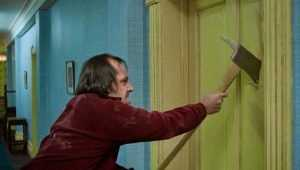 В Новозыбкове 56-летний ухажер едва не убил топором 49-летнюю пассию