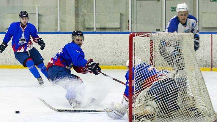 Брянские хоккеисты проиграли пятый тренировочный матч подряд