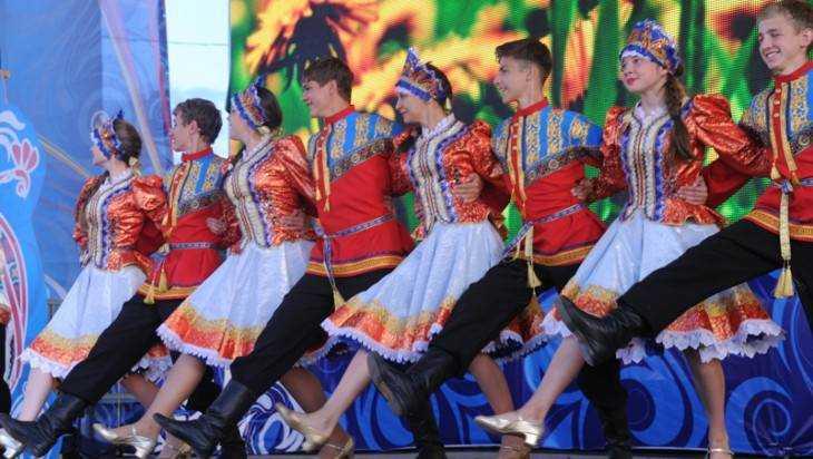 Знатоки русских народных танцев съедутся в Брянск