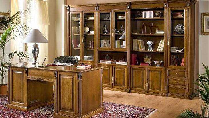 Книжный шкаф из сосны