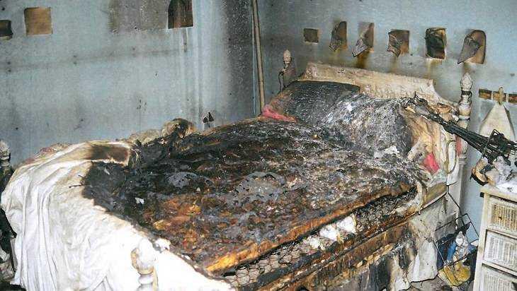 В Погарском районе пожарные потушили горевшую постель