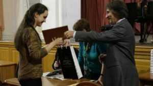 Брянская молодая пианистка победила на международном конкурсе