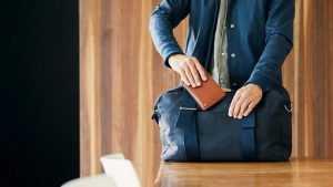 В Брянске у посетителя кафе украли сумку с деньгами