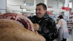 Выяснились причины резкого подорожания мяса в Брянской области