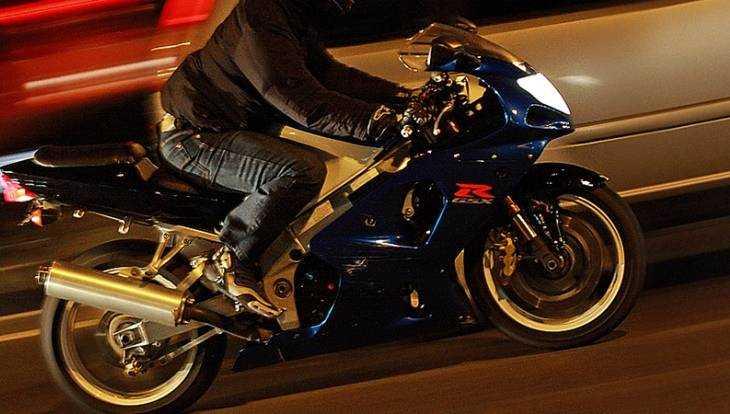 В Брянске сняли видео погони ДПС за пьяным мотоциклистом