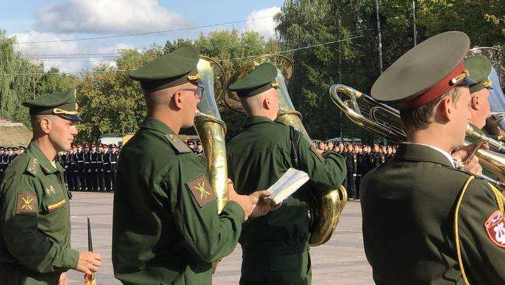 «Запомните, не генерал-майор, а губернатор!»: Брянск подготовился к параду