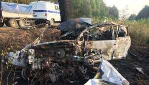 Под Клинцами в жутком ДТП сгорели водитель и пассажирка Nissan