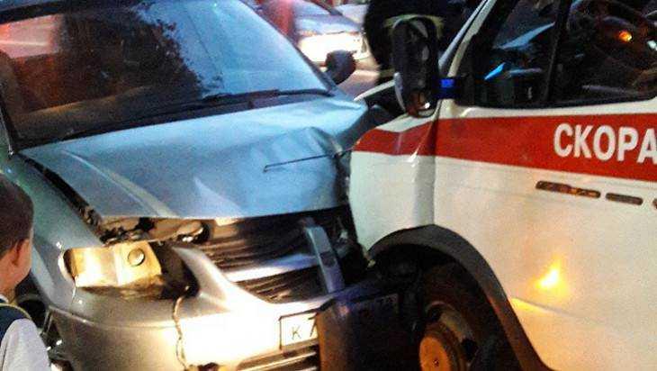 В Брянске стали известны подробности ДТП со скорой помощью
