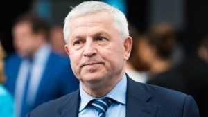 Президент конгресса муниципалитетов Виктор Кидяев поздравил брянцев