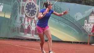 Брянская теннисистка Коваль завоевала первый взрослый титул в одиночном разряде