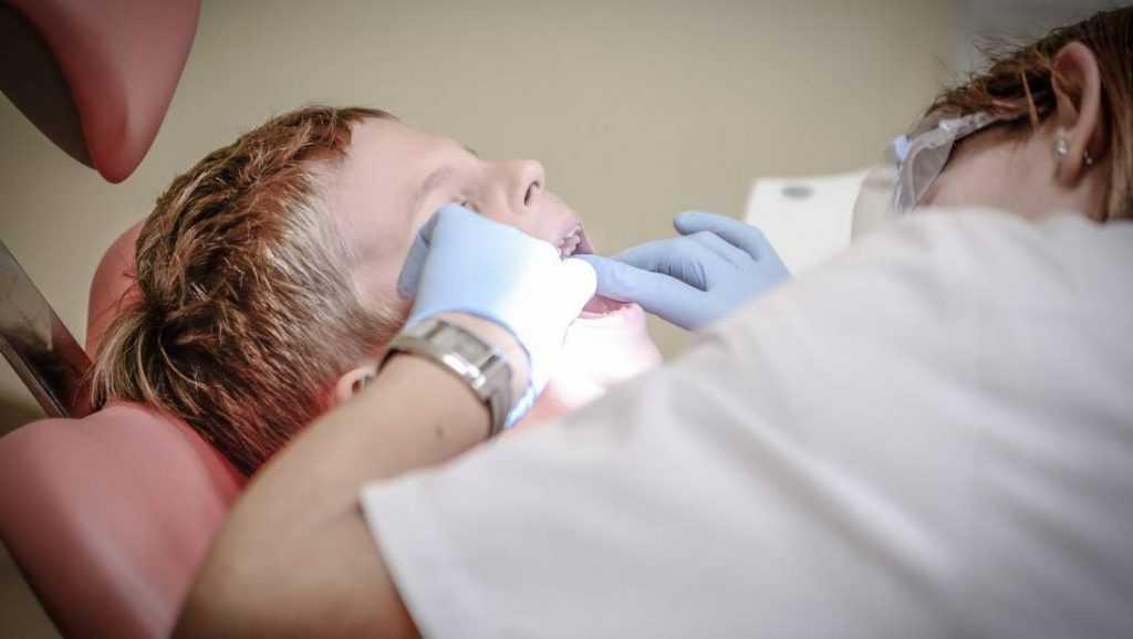В Брянске пожаловались на стоматологов из поликлиники № 4
