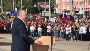 В Брянске Жириновский напомнил о Наполеоне и похвалил город за красоту