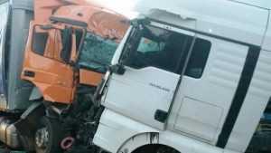 В Стародубском районе два грузовика попали в аварию