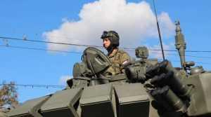 Парад военной техники восхитил жителей Брянска