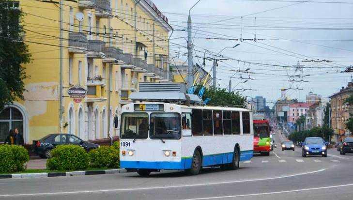 Брянцы поблагодарили водителей транспорта за работу в День города
