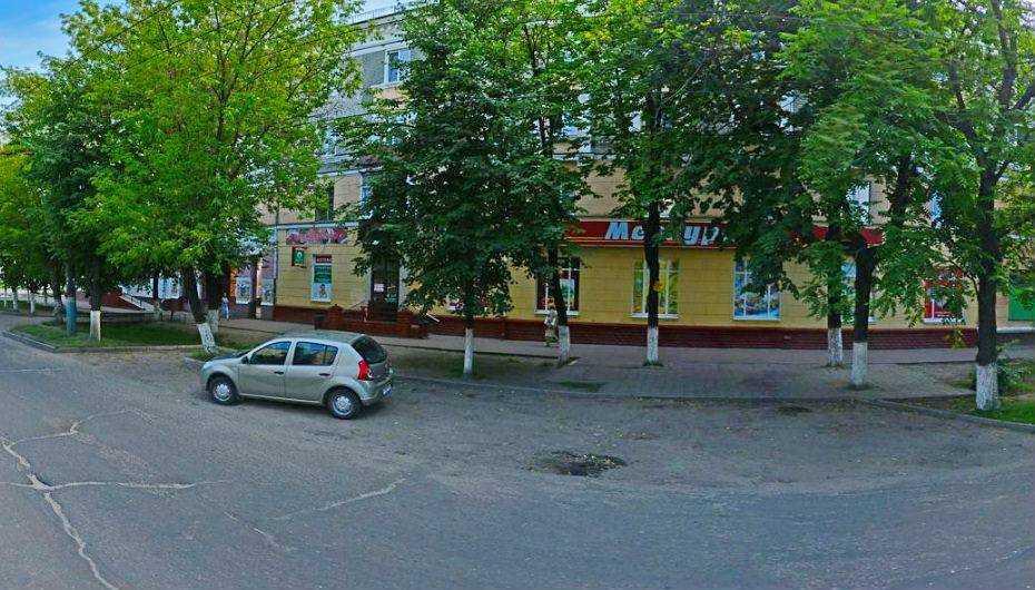 В Бежице остановку «Молодежная» перенесут на один дом