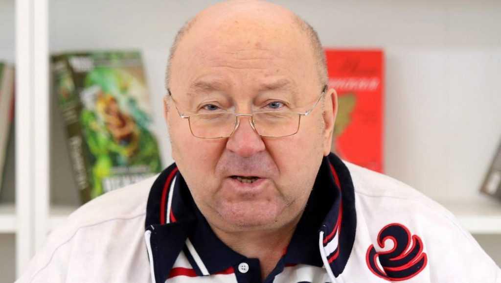 Коржаков рассказал, как Нарусова проиграла брянскому рабочему Шандыбину
