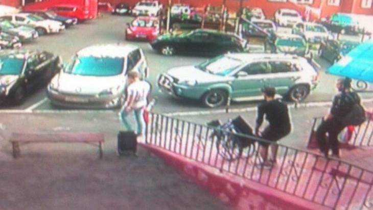 В Брянске задержали вора, укравшего коляску парализованной женщины